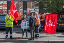 Binmen Strike; Tyesley Depot; 6th Sept 2017;